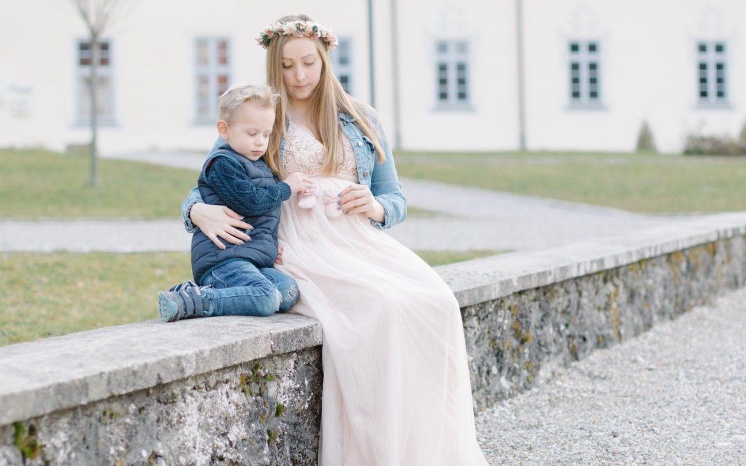 Babybauchfotos im Kloster Scheyern